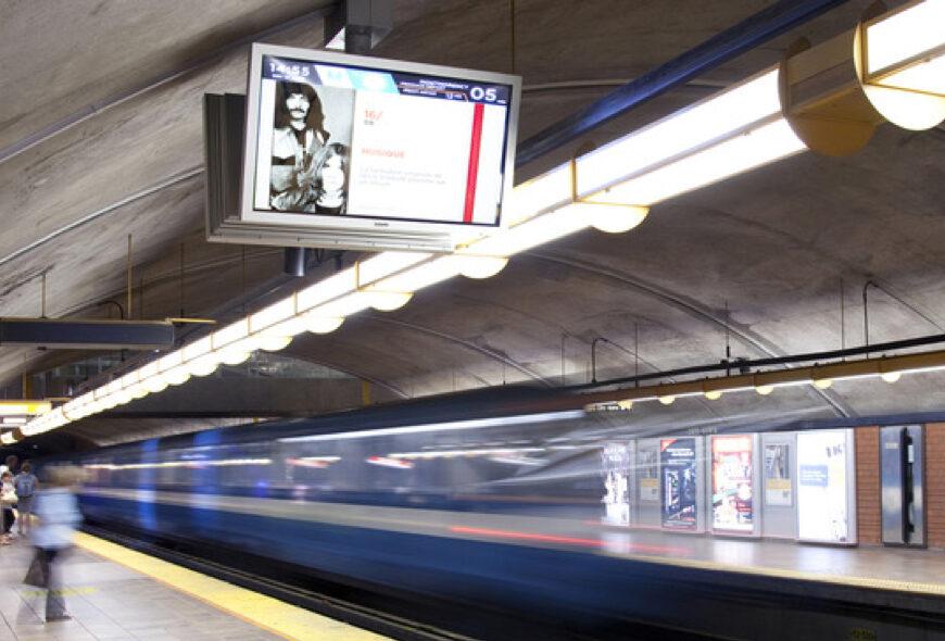 Plus de 980,000 déplacements quotidiennement dans le métro!